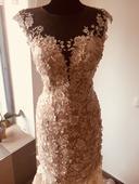 pronájem svatebních šatů, 38