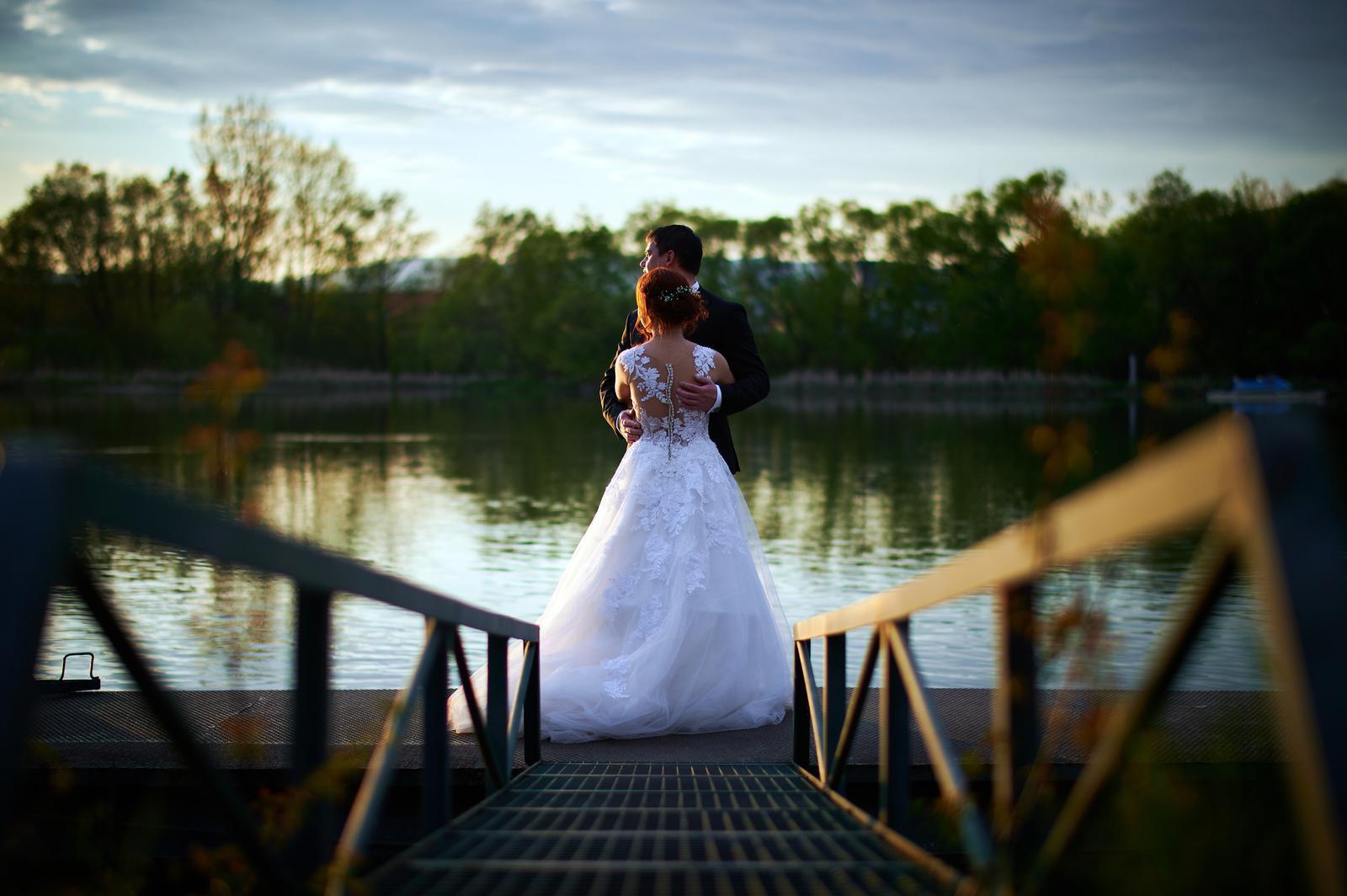 Čipkované svadobné šaty zo Zoya Wedding - Obrázok č. 4
