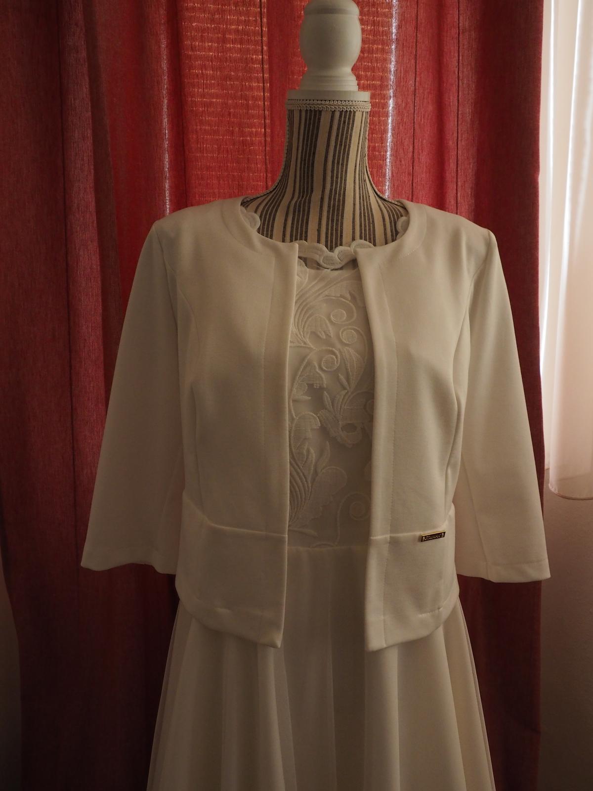 Krátke svadobné šaty v BOHO štýle - Obrázok č. 3