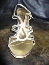 sandálky s predu (s bleskom)