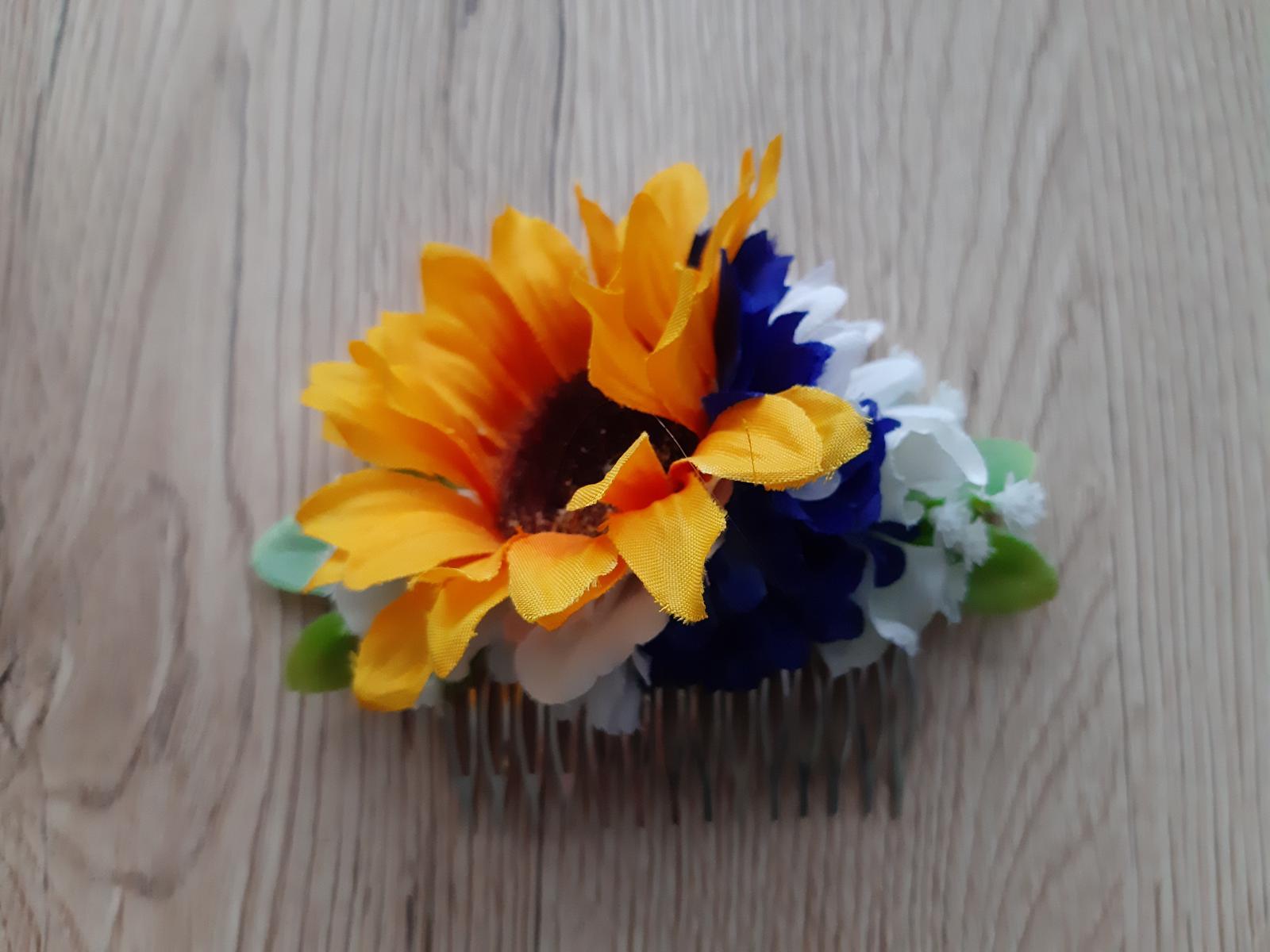 Květinová ozdoba do vlasů na hřebínku se slunečnic - Obrázek č. 1