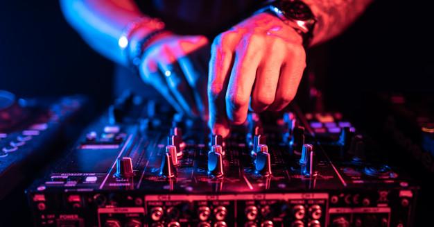 ❤︎M&T❤︎17.07.2021❤︎ - O zábavu sa nám postará DJ Gusto