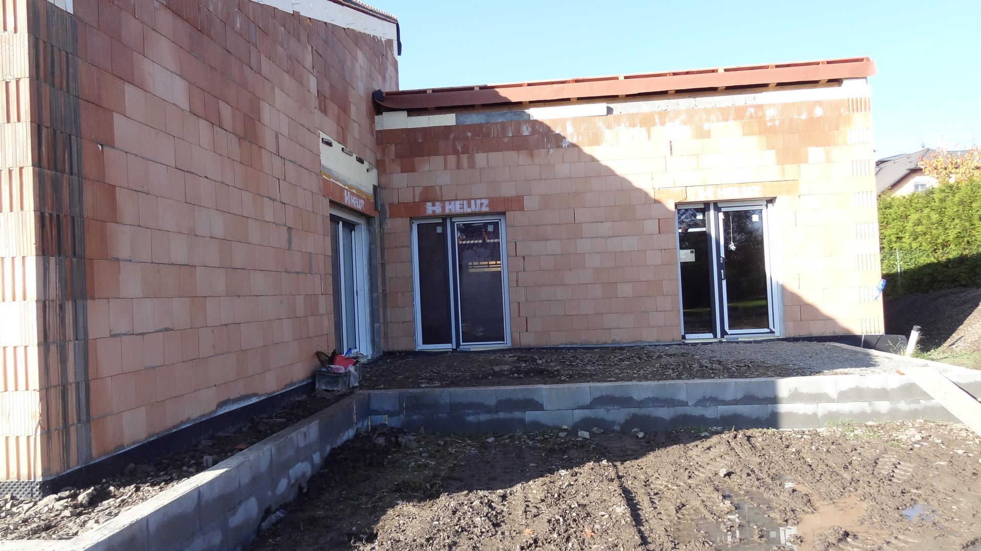 Stavba domečku pokračuje - Obrázek č. 16