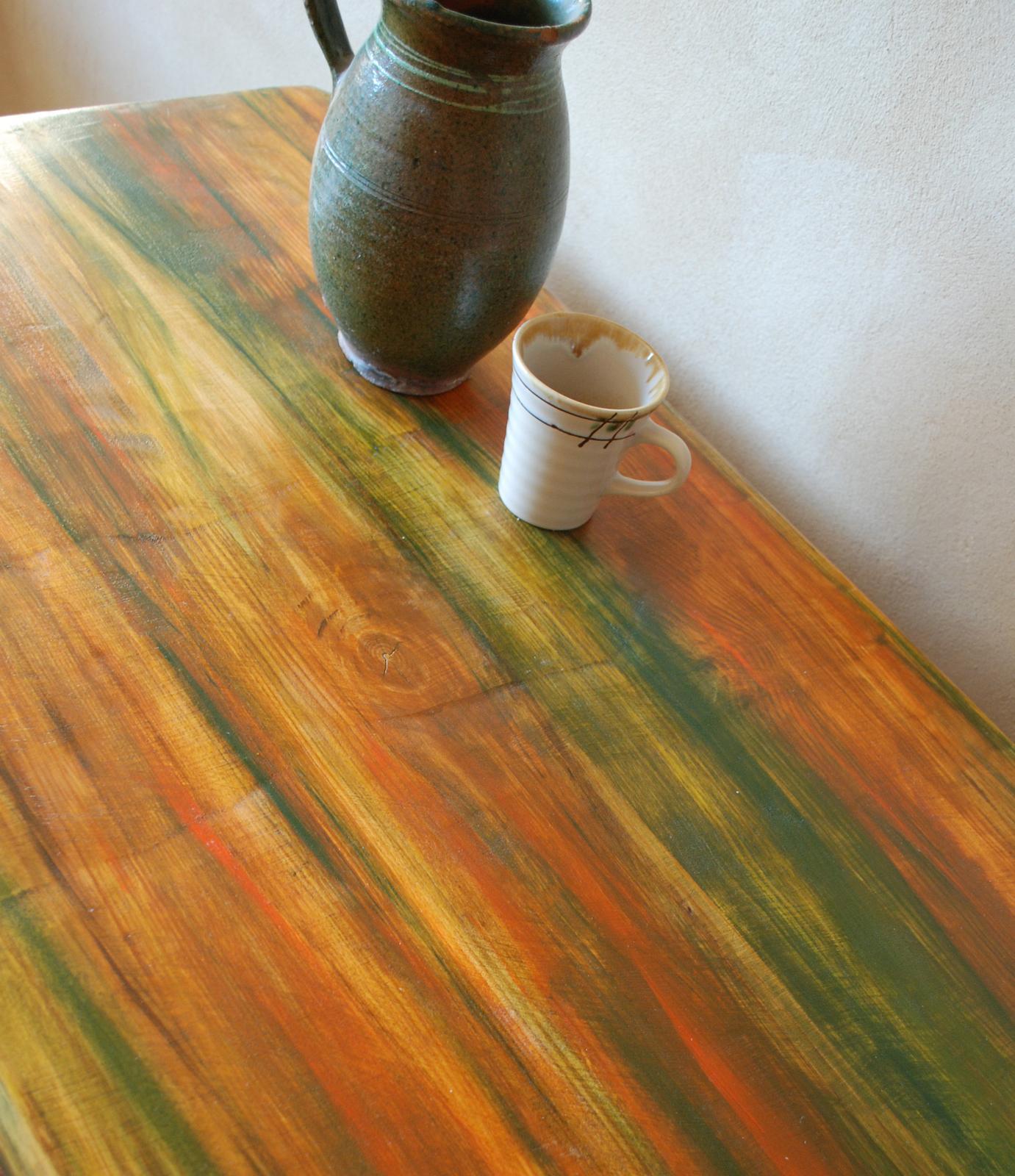 Masívny stôl s jedinečnou maľbou - Obrázok č. 1
