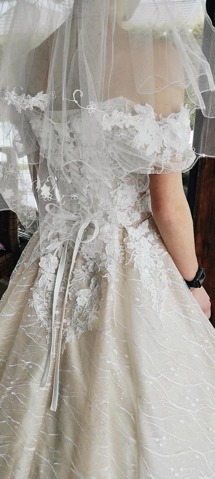 Predám nádherné svadobné šaty - Obrázok č. 4