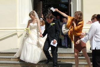 novomanželé Trávníčkovi