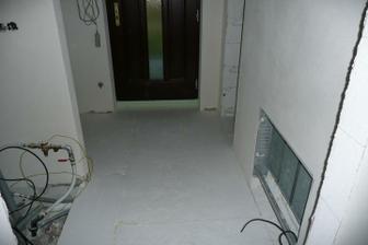 skrinka na podlahovku