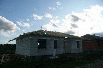 hotový krov