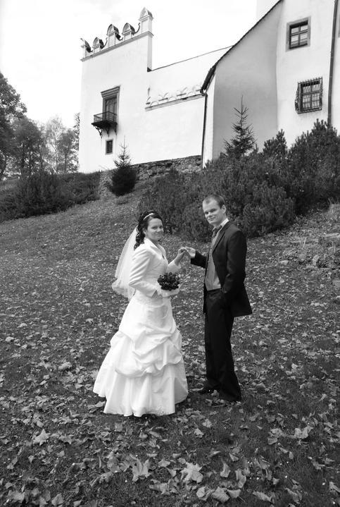 Zuzana{{_AND_}}Jozef - Kaštieľ, kde manžel pracuje...
