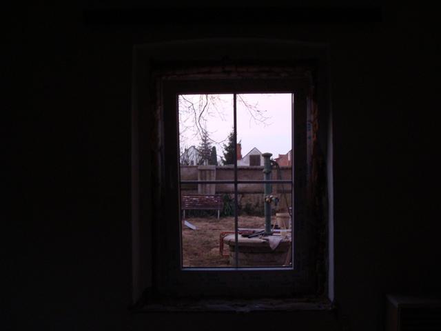 Domov - Okno do záhrady