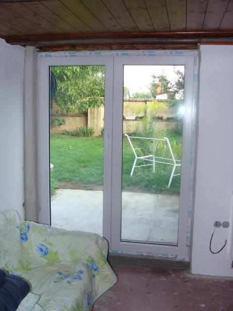 Domov - Prístavba – nové dvere