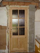 Založili sme nové dvere – pohľad z kuchyne