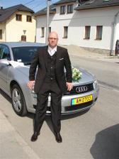 A moj nastavajuci pri nasom svadobnom avetku :-)