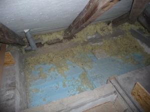 sádrokartonový strop WC