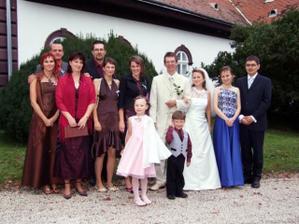 surodenci a ich rodinky (po mojej strane sa uz rodinka rysuje:))