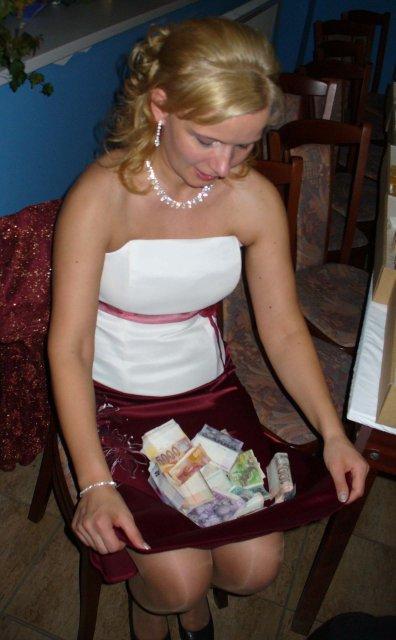 Katka{{_AND_}}Petrík - Tazko vytancovane peniazky...