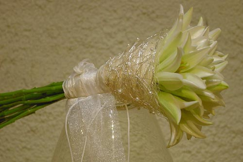 Zuzana a Martin - svadobná kytica z bielych tulipánov