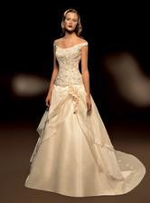 Svatební šaty - Třetí favorit -byly moc velké :o(