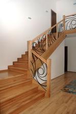 vysněné schodiště s galerií