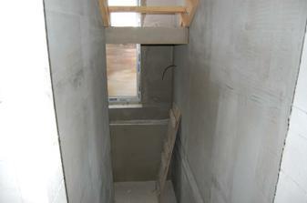 schodiště do sklepa