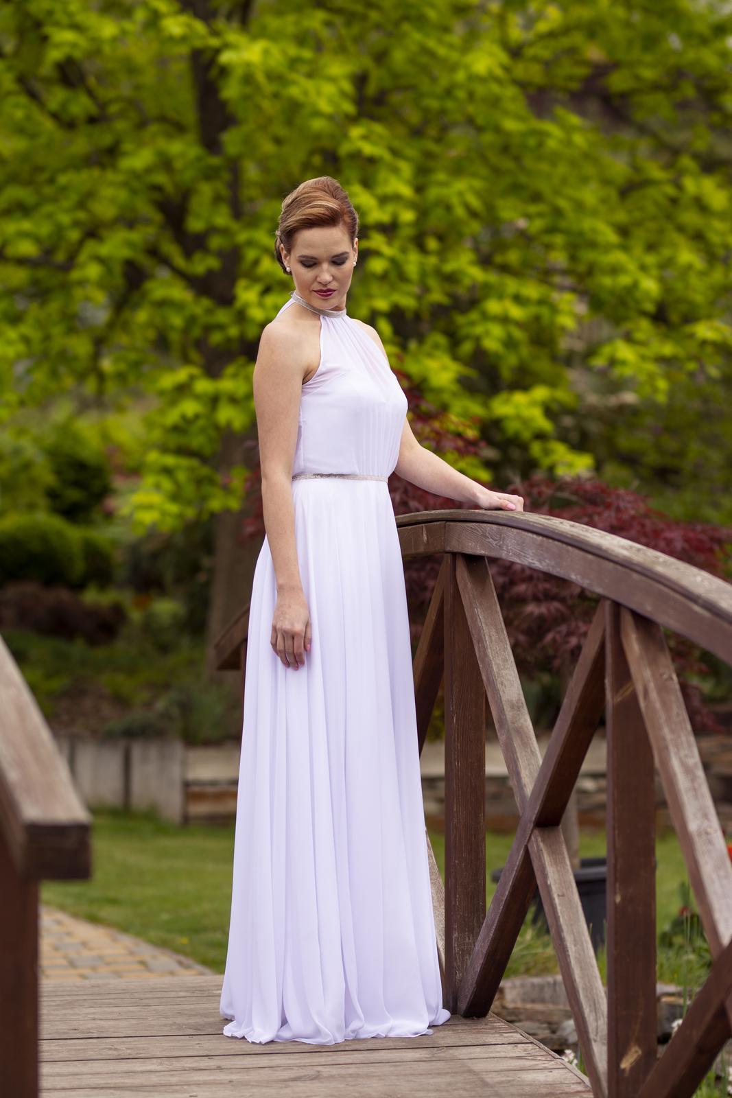 Svatební salon Adeleine - Originál svatební šaty Adeleine - prodej 14000,- Kč. Ušijeme v různých velikostech.