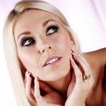 blondiee83