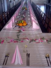 Svatební stůl (moc pěkný)