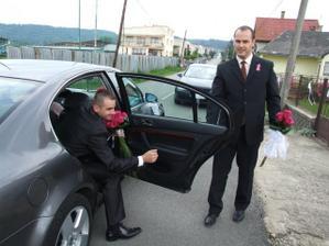 Jéééj, ženích prišiel :-)