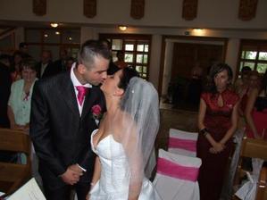 Naša prvá mladomanželská pusinka