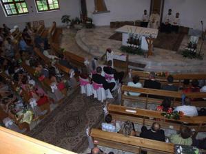 výzdoba kostola bola nádherná, škoda, že nemám detailnejšie foto