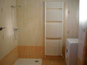 ...sprcháč zatím bez skel..