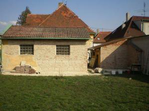 Rekonstrukce fasády na garáži 4/2009.