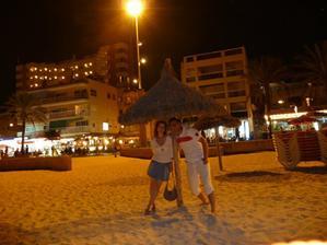 noční pláž v Palmě, už jsme byli s miminkem v bříšku
