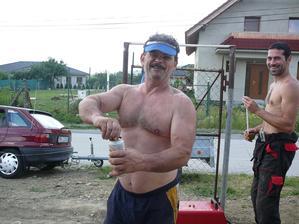 moj tatino dodrzuje pitny rezim :D