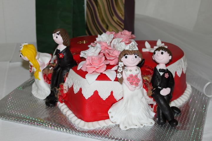 Tortičky z našej svadbičky :-) - Obrázok č. 9