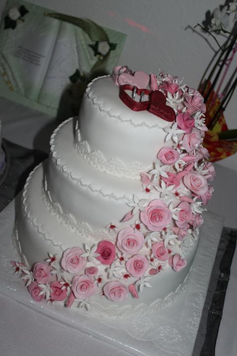 Tortičky z našej svadbičky :-) - Obrázok č. 10