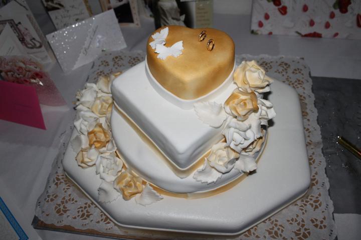 Tortičky z našej svadbičky :-) - Obrázok č. 13