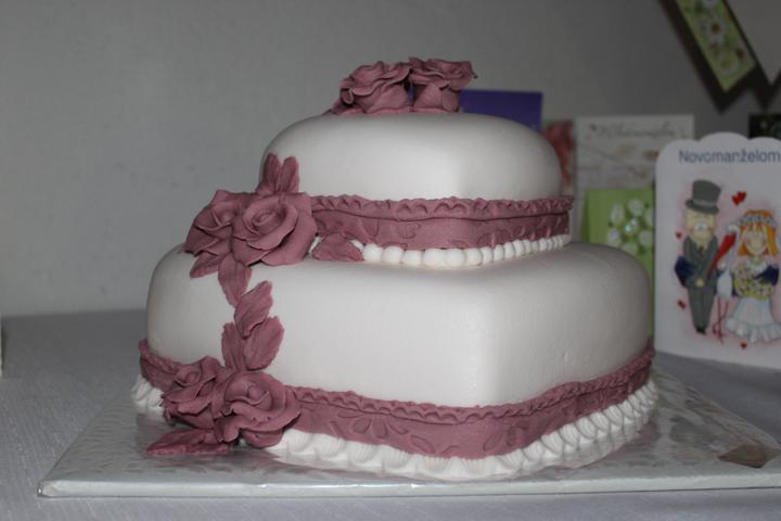 Tortičky z našej svadbičky :-) - Obrázok č. 14
