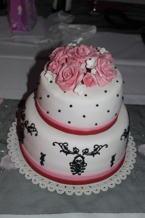 Tortičky z našej svadbičky :-) - Obrázok č. 16