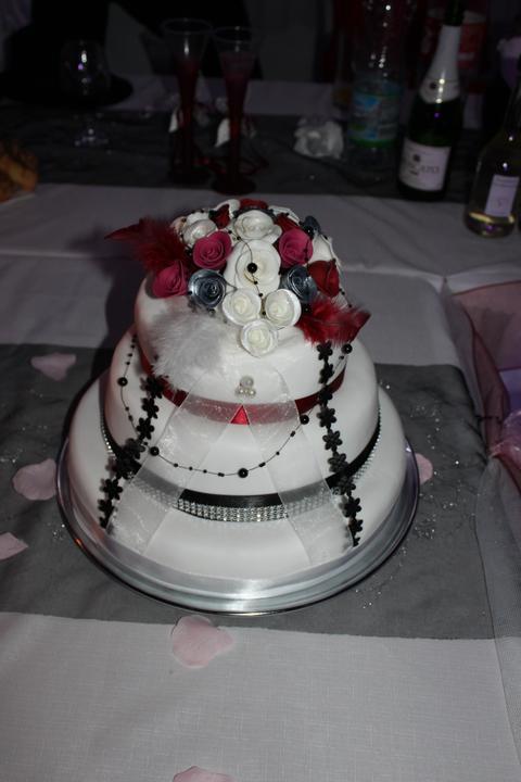 Tortičky z našej svadbičky :-) - Obrázok č. 17