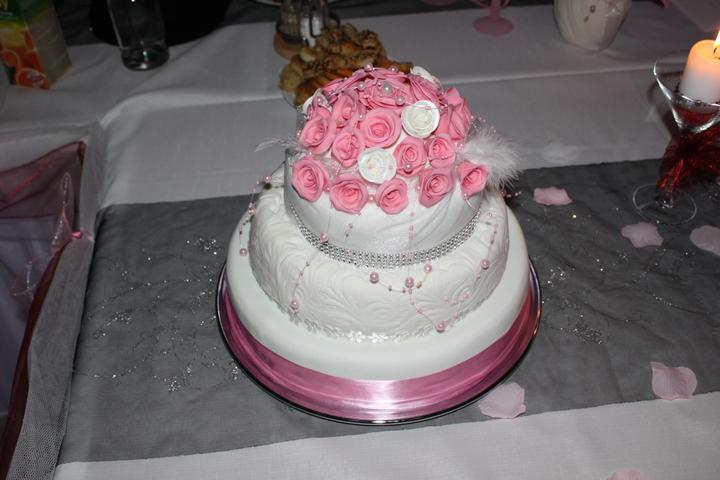 Tortičky z našej svadbičky :-) - Obrázok č. 18