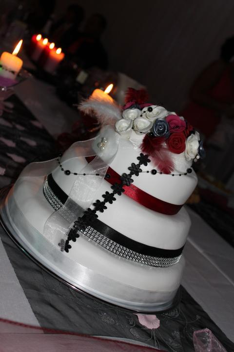 Tortičky z našej svadbičky :-) - Obrázok č. 20