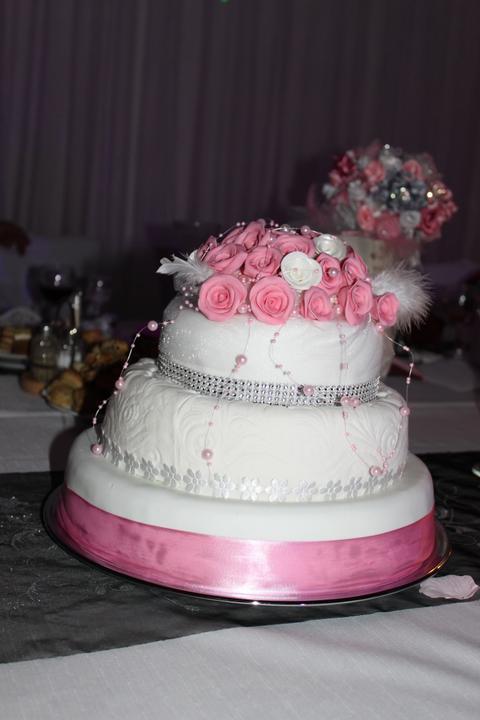 Tortičky z našej svadbičky :-) - Obrázok č. 21