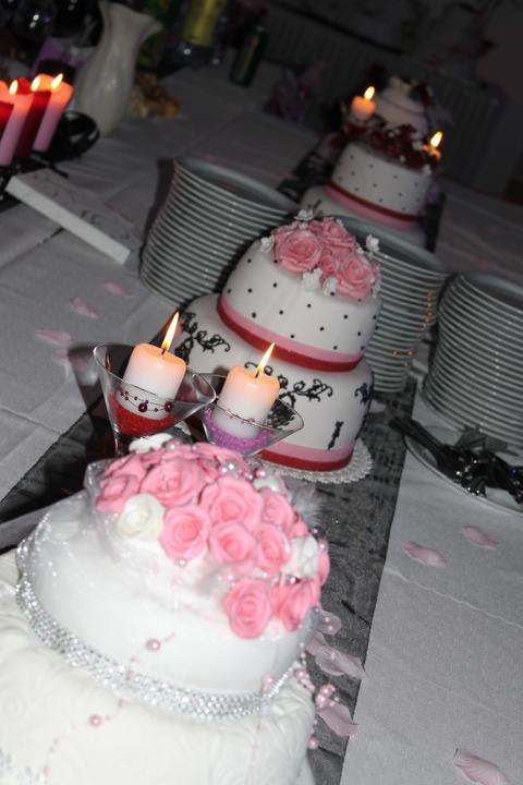 Tortičky z našej svadbičky :-) - Obrázok č. 22