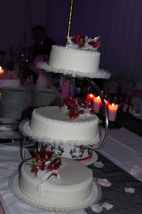 Tortičky z našej svadbičky :-) - Obrázok č. 23