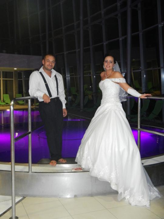Skrátené videoukážky z našej svadby a svadobný wellnes :-) - Obrázok č. 3