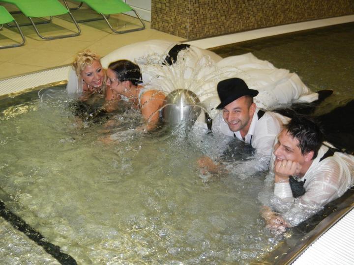 Skrátené videoukážky z našej svadby a svadobný wellnes :-) - Obrázok č. 13
