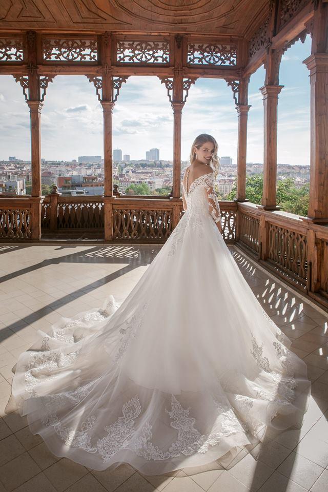 Eva Grandes princeznovské svatební šaty - Alison záda s vlečkou svatební šaty