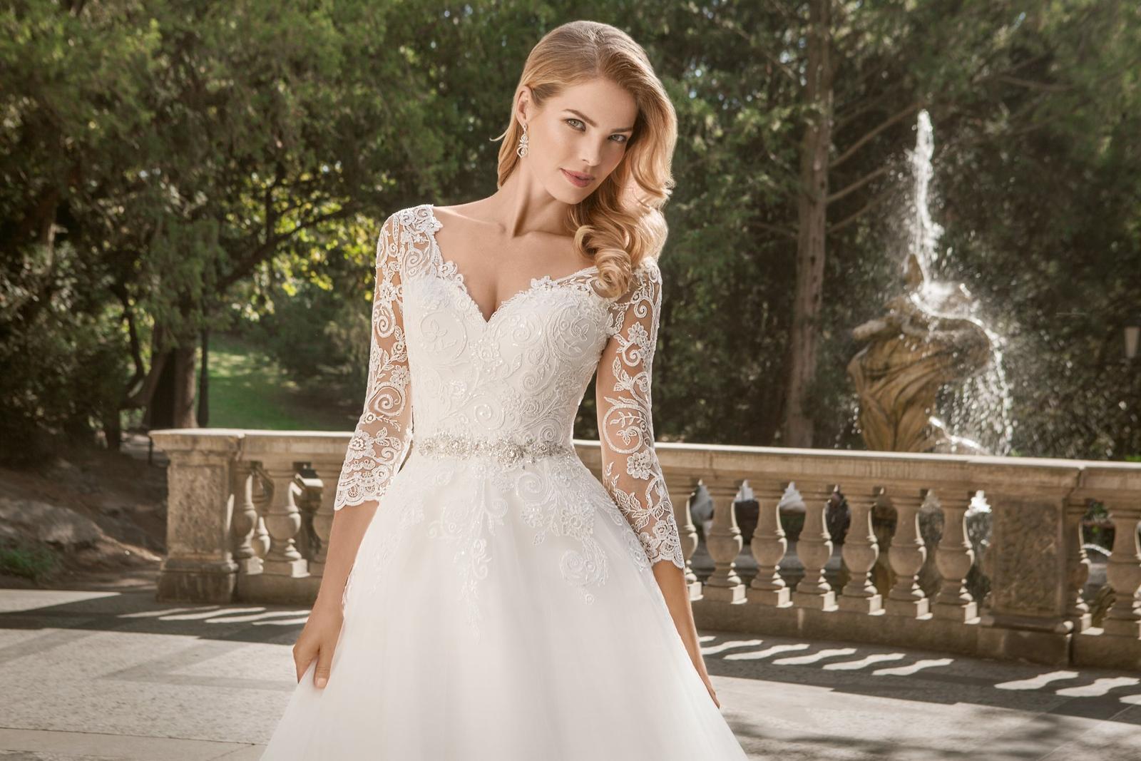 Eva Grandes princeznovské svatební šaty - Belinda zblízka svatební šaty