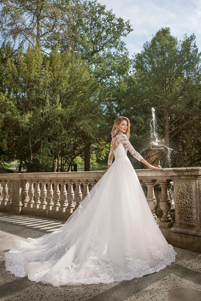 Eva Grandes princeznovské svatební šaty - Belinda z boku svatební šaty